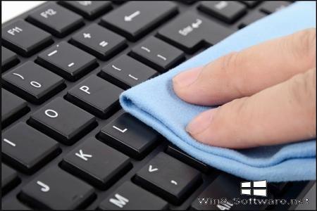 Чистка клавиатуры от грязи